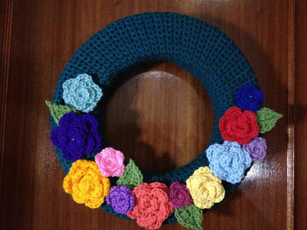 Corona de Rosas – Paso a Paso – Patrón Gratis – Crochet | Hecho a ...