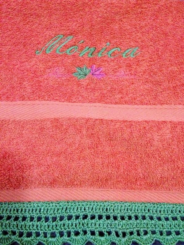 Toallas Personalizadas con Bordado y Puntilla Tejida en Crochet (6/6)