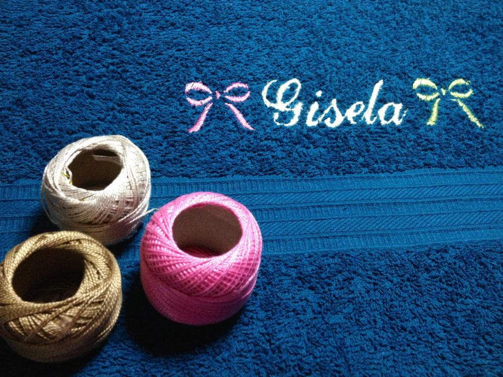 Toallas Personalizadas con Bordado y Puntilla Tejida en Crochet (3/6)